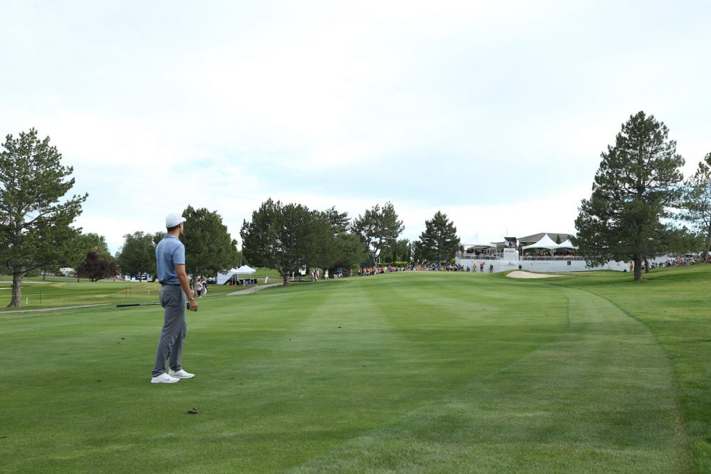 Kristoffer Ventura looks on to 18th green, Final Round