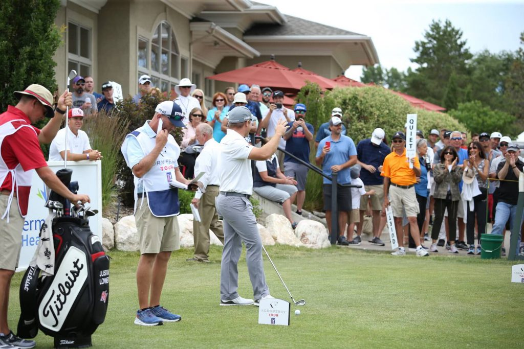 Daniel Summerhays waves at the crowd before Final Round tee off